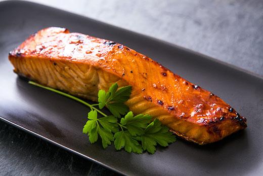 wp-contentthemeslinkizdjeciaryby.bonapetit.plhoisin-glazed-salmon-a2.jpg